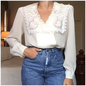 """""""SEXY CHIC"""" 80's Vintage Embroidered Lace Blouse"""